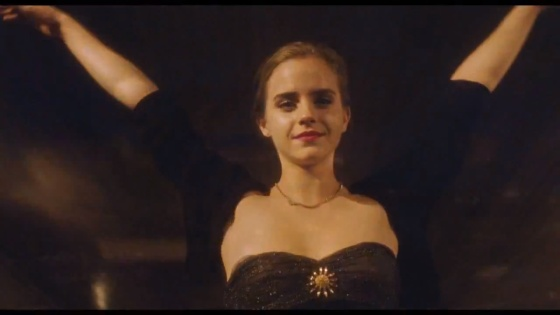 Emma-Watson-The-Perks-of-Being-a-Wallflower-013